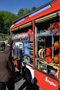 Segnung des neuen MLF der Feuerwehr Schneizlreuth - Bild 01
