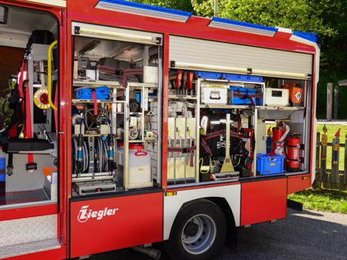 Segnung des neuen MLF der Feuerwehr Schneizlreuth - Bild 03